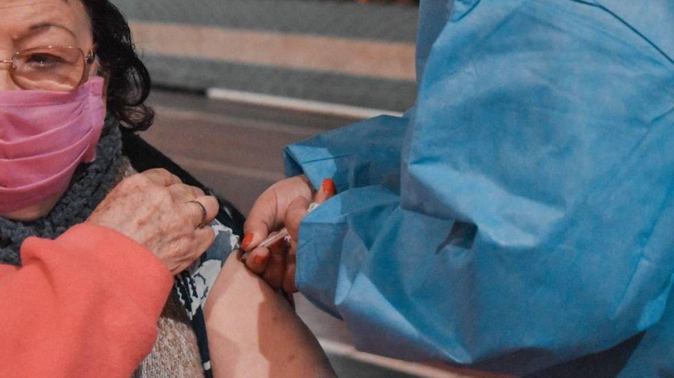 Puerto Piray: inoculación con la primera dosis de SPUTNIK V