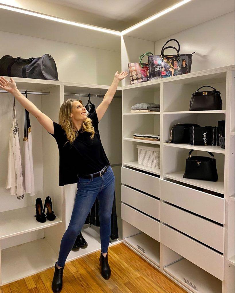 Rocío Marengo muestra su amplio vestidor