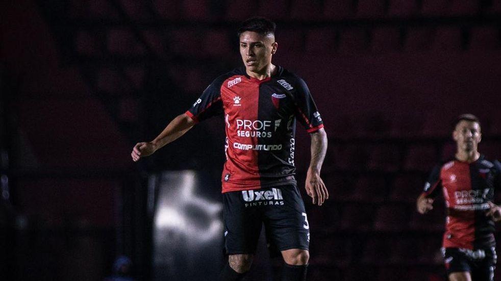 Facundo Farías, el diamante en bruto de Colón, está emocionado por enfrentar a Boca en la Bombonera. (@ColonOficial)