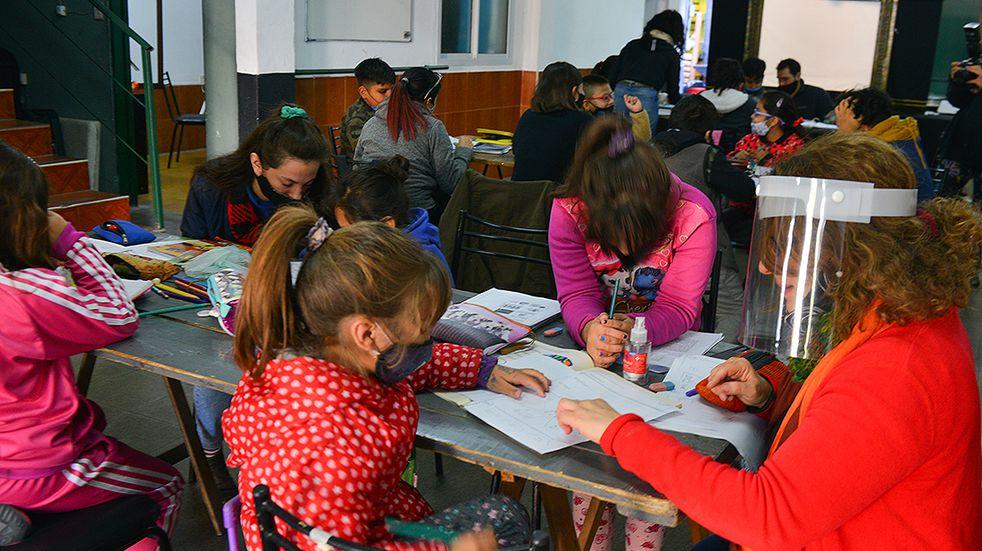 Ciudad de Mendoza ofrece apoyo escolar para estudiantes del nivel primario