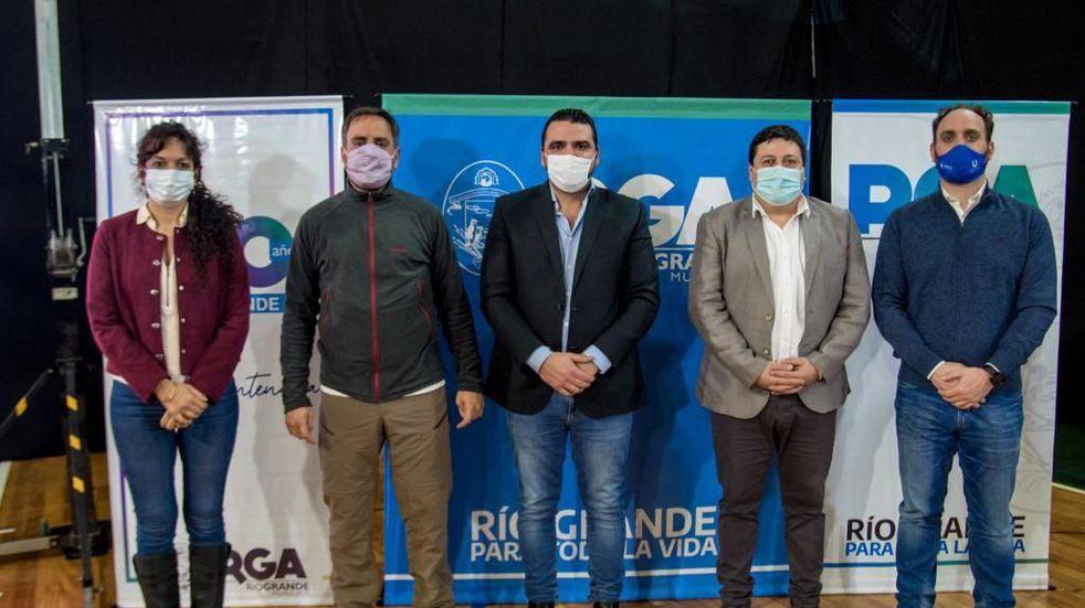 Los intendentes fueguinos suscribieron un convenio con el ministro Cabandié para el tratamiento de residuos