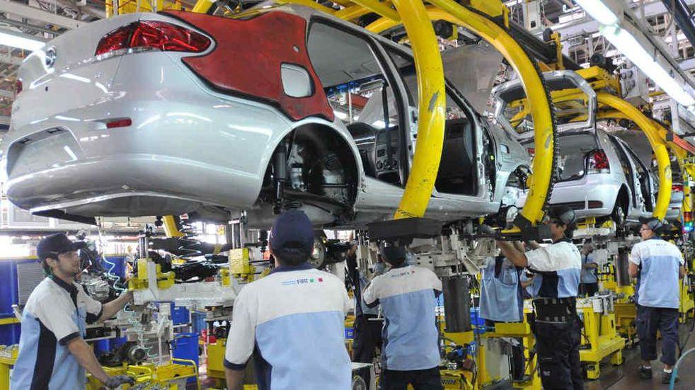 FIEL: la industria creció un 14% interanual en julio
