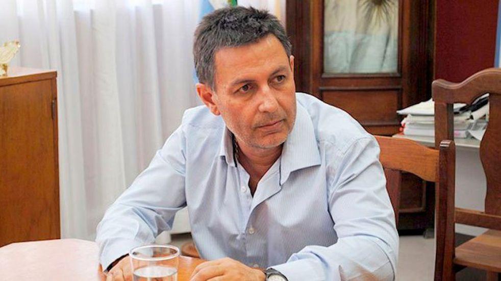 El intendente de General Acha, Abel Sabarots, dio positivo de coronavirus