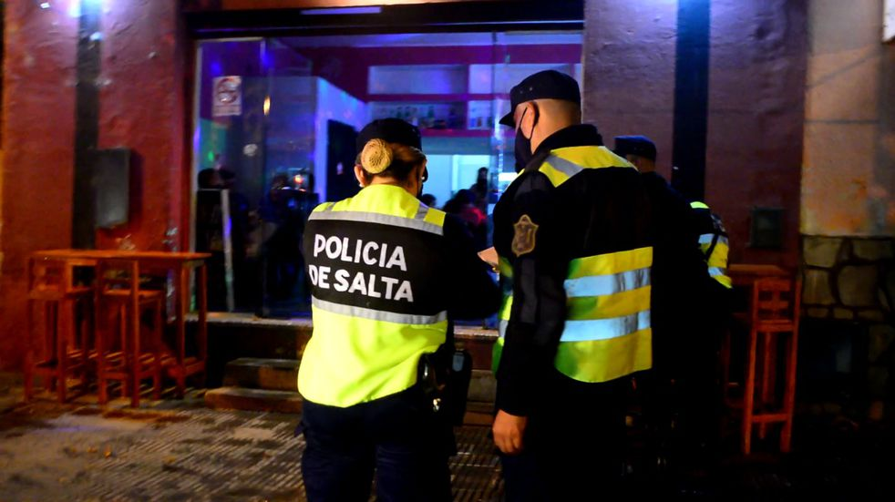 Durante el fin de semana se clausuraron 19 fiestas clandestinas en Salta