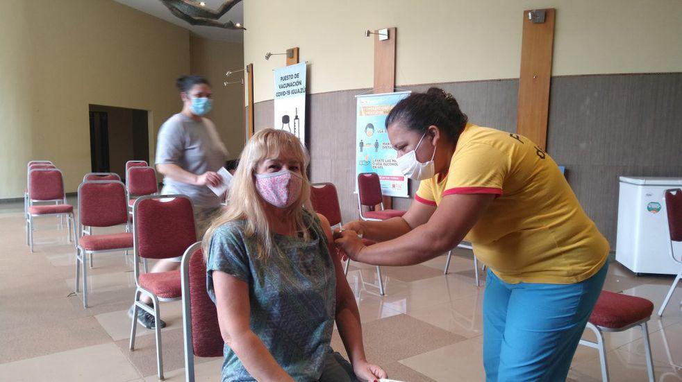 Intensa puesta en marcha del plan de vacunación contra el COVID-19 en Iguazú
