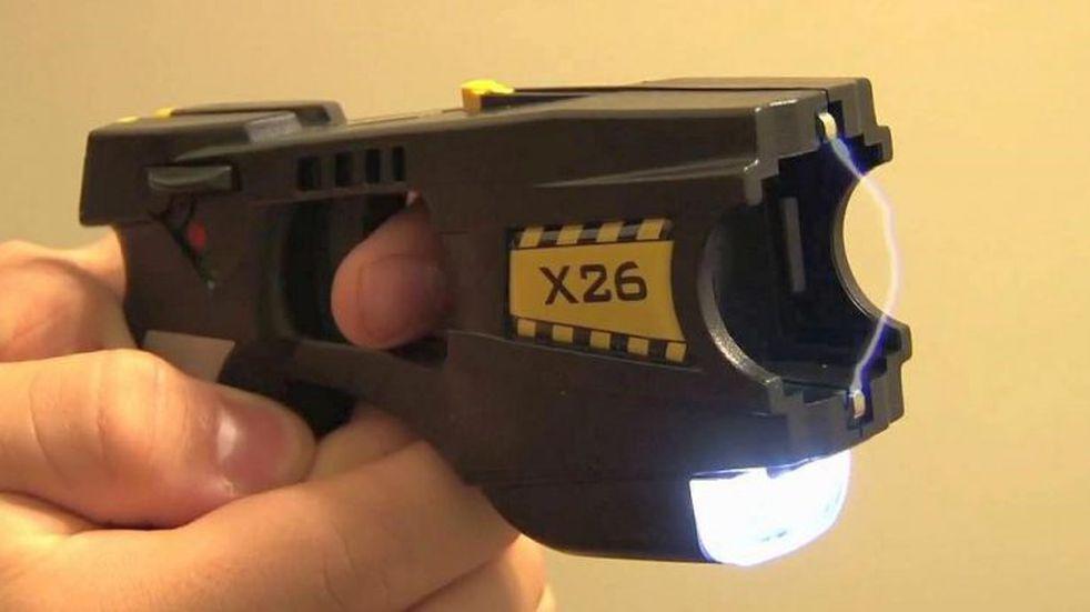 La provincia avanza en la compra de 25 pistolas Taser