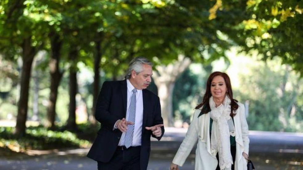 Alberto Fernández se reunió con Cristina Kirchner en Olivos para reorganizar la campaña y definir medidas