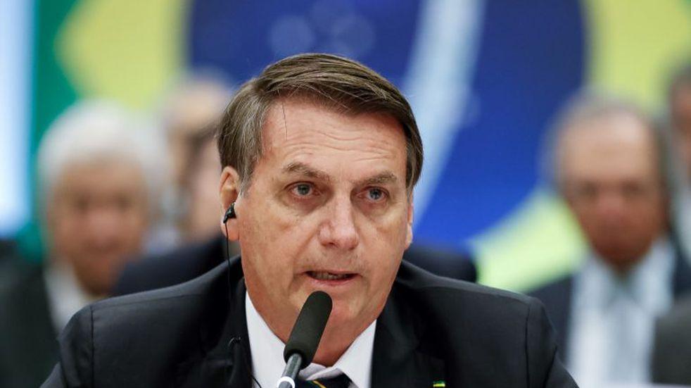 Brasil: Jair Bolsonaro anunció que puede tener cáncer de piel