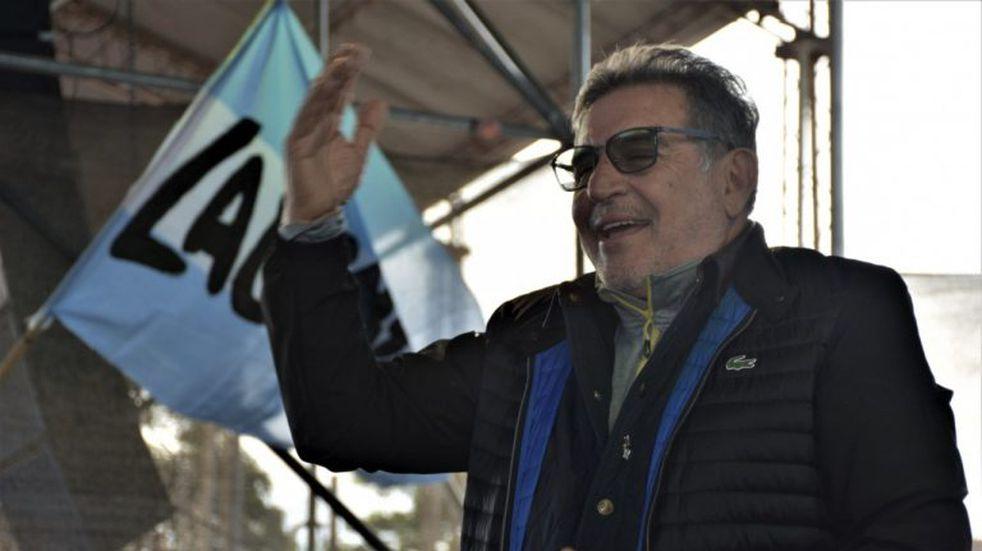 """Beder Herrera se metió en la pelea por la marcha peronista: """"a nadie se le puede impedir cantarla"""""""