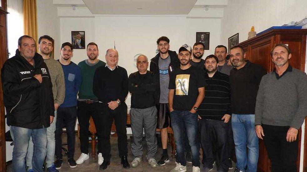Uset recibió a la Selección de Básquet tras la histórica clasificación al Provincial