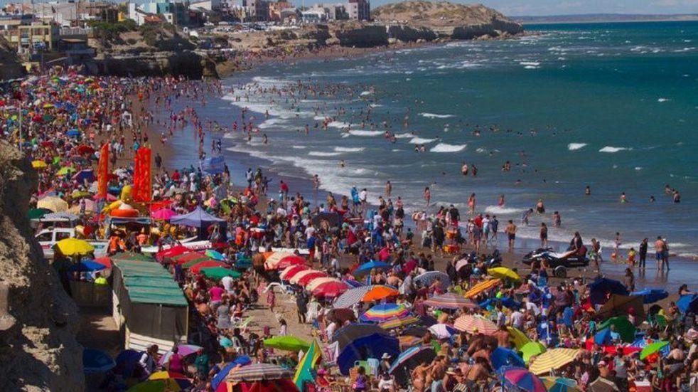 Más de 650.000 turistas visitaron destinos de Río Negro en enero y febrero