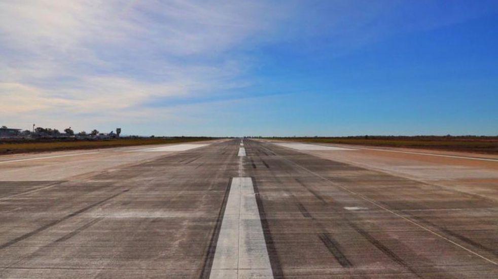 Reinauguraron la pista del aeropuerto Córdoba con equipos que mejoran la visibilidad