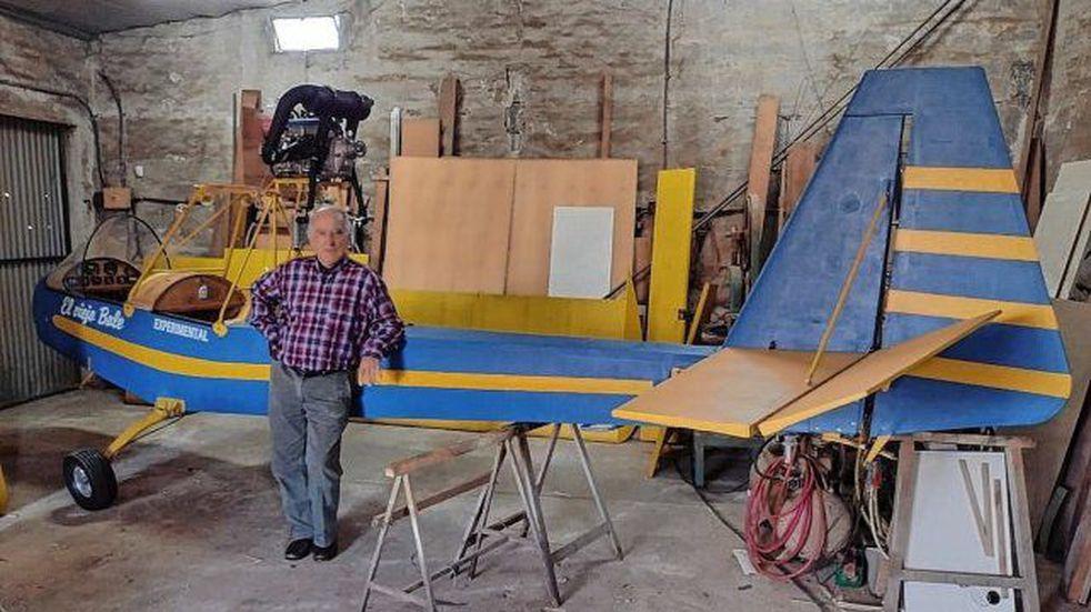 Un concordiense de 81 años fabricó su propio avión