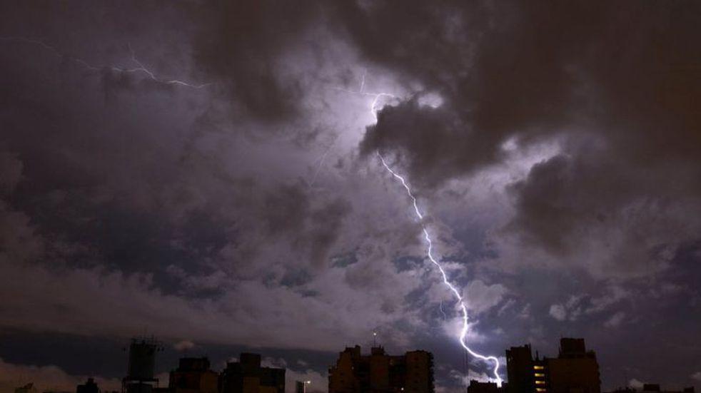 Carlos Paz: alerta por tormentas fuertes con probable caída de granizo