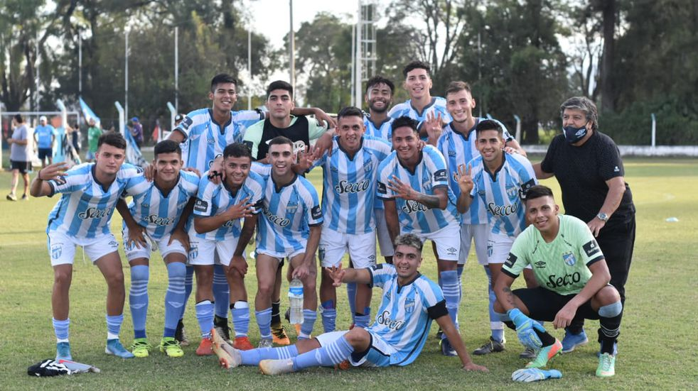 Atlético Tucumán se quedó con el clásico liguista