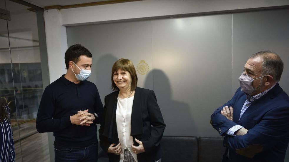 """""""Acá está la verdadera oposición"""", remarcó Patricia Bullrich en su encuentro con Rodrigo De Loredo y Luis Juez (Facundo Luque)."""