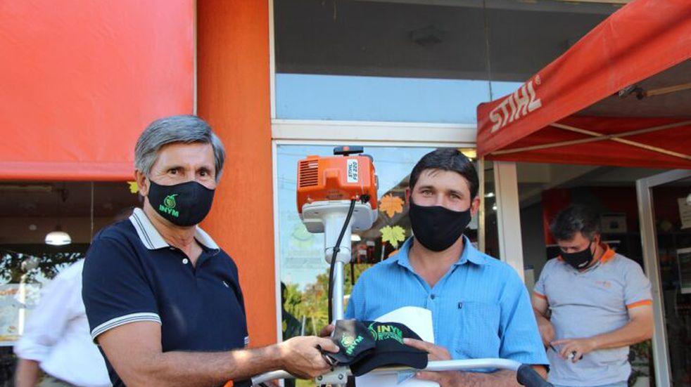 El INYM hizo entrega de herramientas en San Vicente