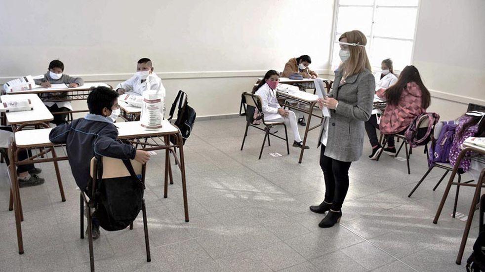 En Bahía Blanca mañana regresan las clases presenciales plenas