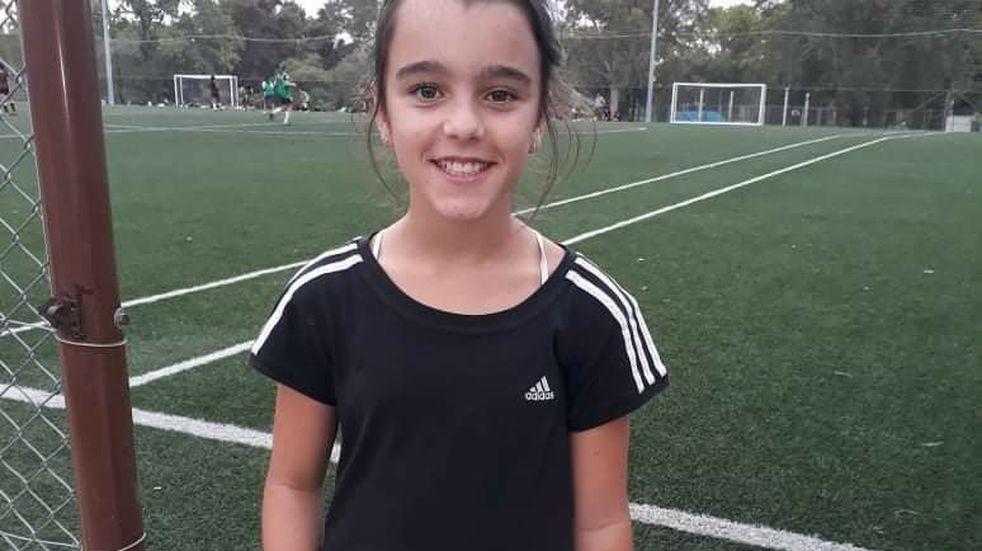 Tiene 12 años y no le permiten jugar al fútbol junto a sus compañeros por ser niña