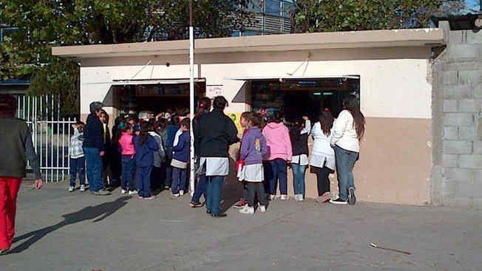 Tras el reclamo, vuelve la atención en kioscos y cantinas escolares de Córdoba