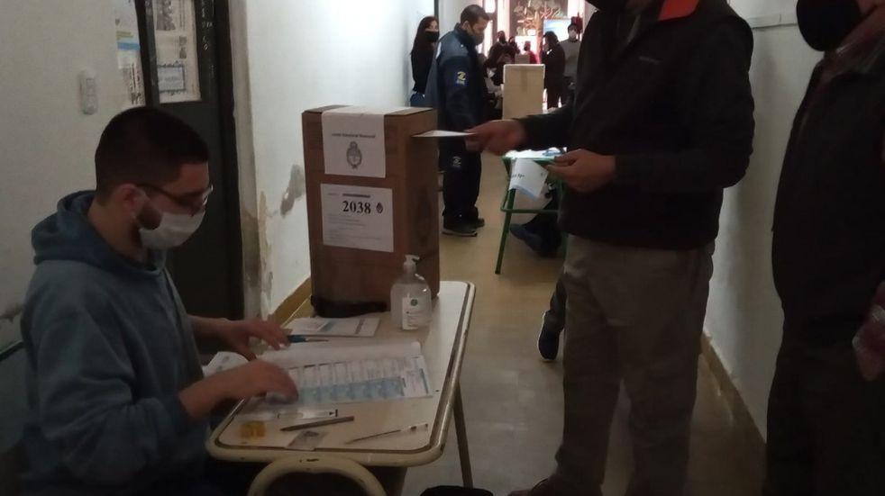 Los entrerrianos participan de las elecciones desde las primeras horas del domingo