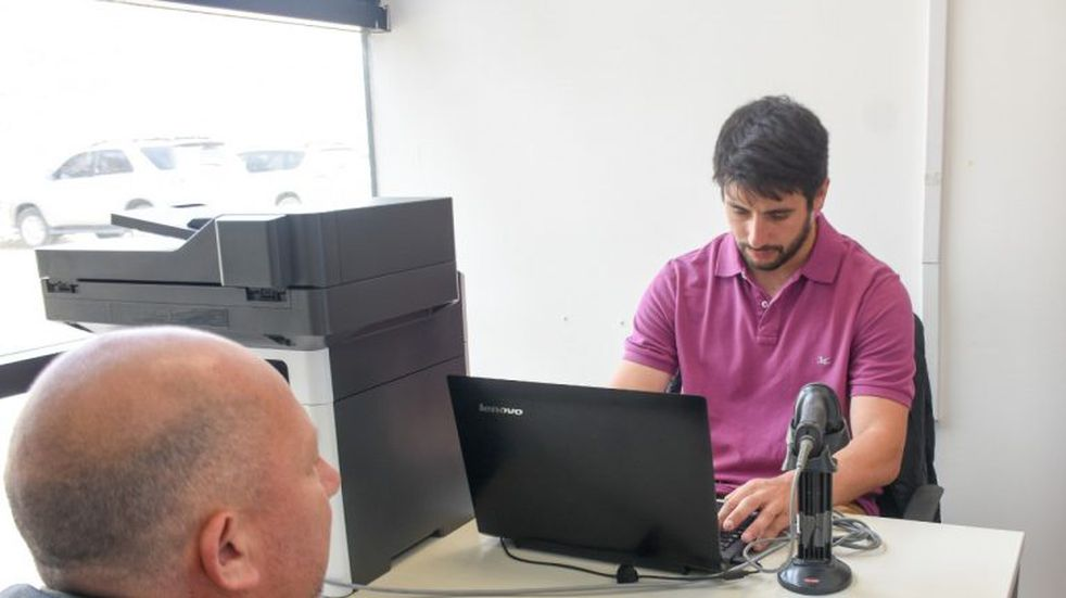 Abrió la oficina de Rentas Municipal en Andorra