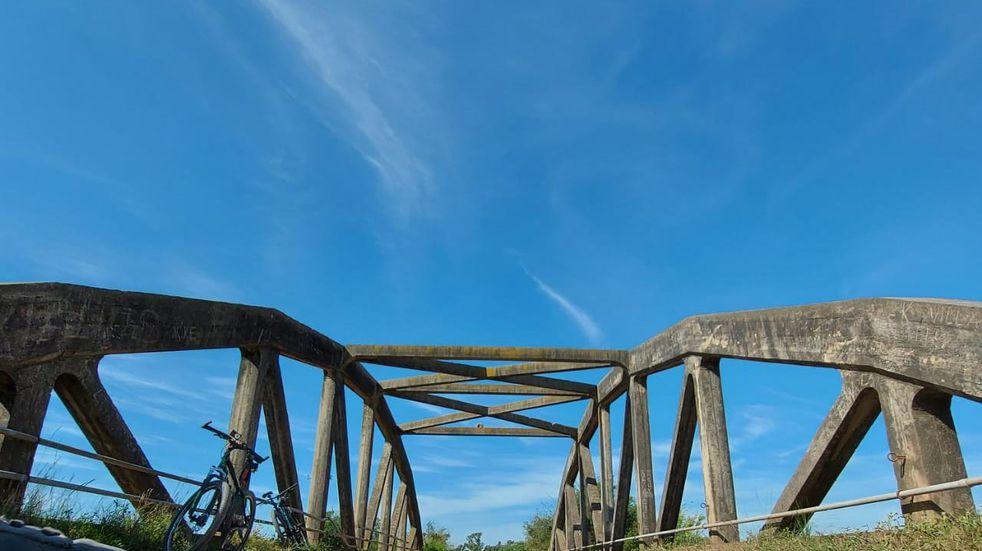 Conociendo Ansenuza: El mítico puente San Rafael