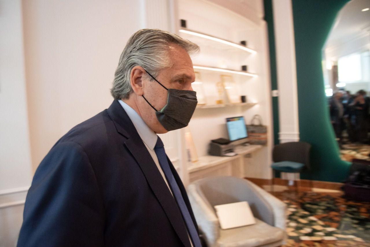 El presidente Alberto Fernández tras reunirse con Kristalina Georgieva, directora del FMI, en Roma. (Foto: Clarín)