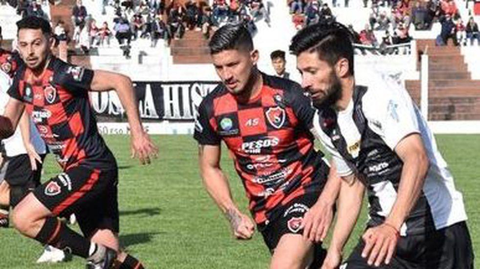 Sporting empató 0 a 0 ante Liniers.