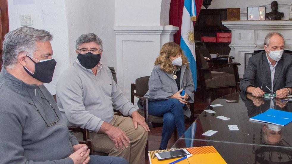 El departamento de San Martín y Vialidad repararán colectoras de Ruta 7