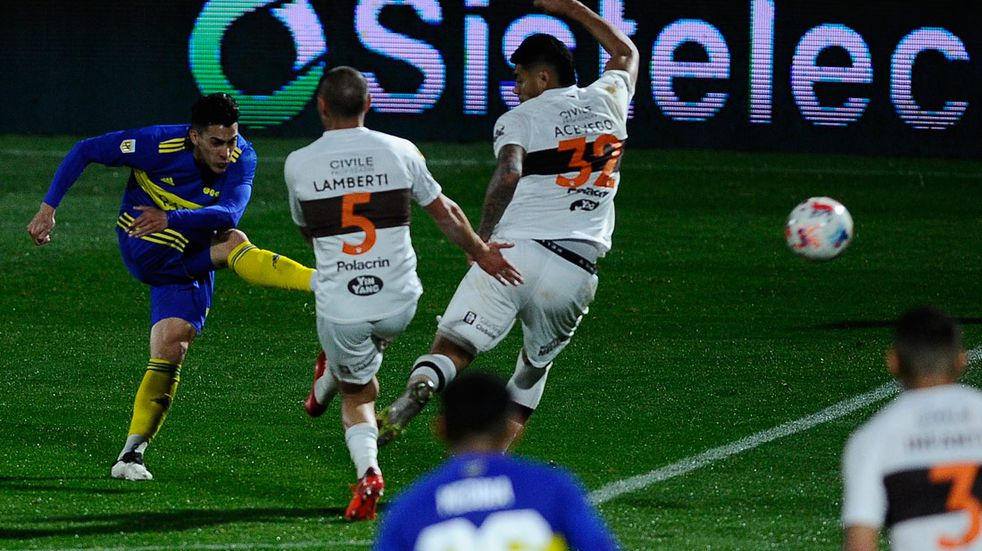 La alegría de Cristian Pavón tras volver a marcar con la camiseta de Boca
