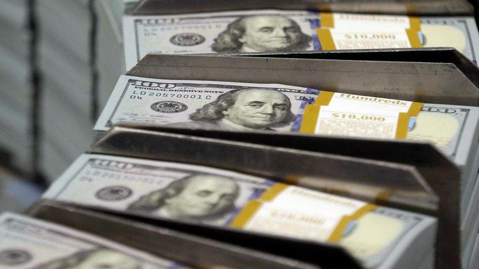 Con el dólar en el freezer, desacelera un poco la inflación