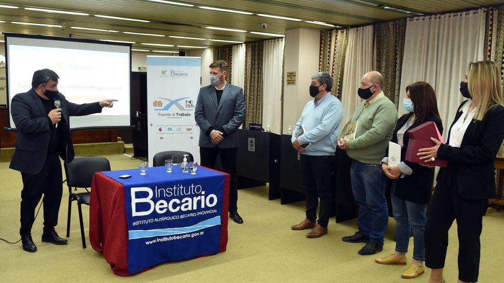 Concepción del Uruguay: presentaron un nuevo programa de prácticas profesionales para estudiantes