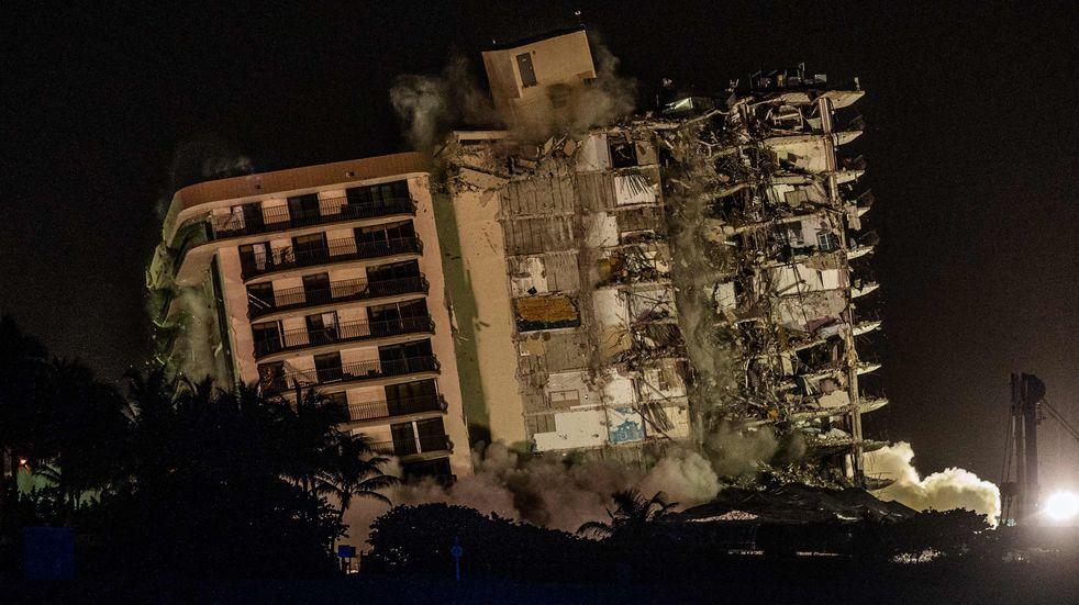 Derrumbe en Miami: así fue la demolición de la parte del edificio que continuaba en pie