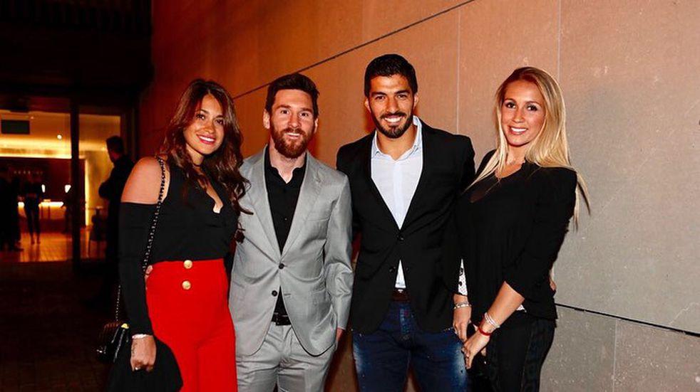 Messi y Roccuzzo viajan a Punta del Este para celebrar los 10 años de casado de Luis Suárez