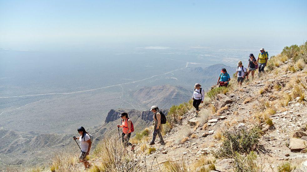 Caminata al cerro Gateado en El Challao, una propuesta de senderismo para esta fin de semana largo. Gentileza MLH