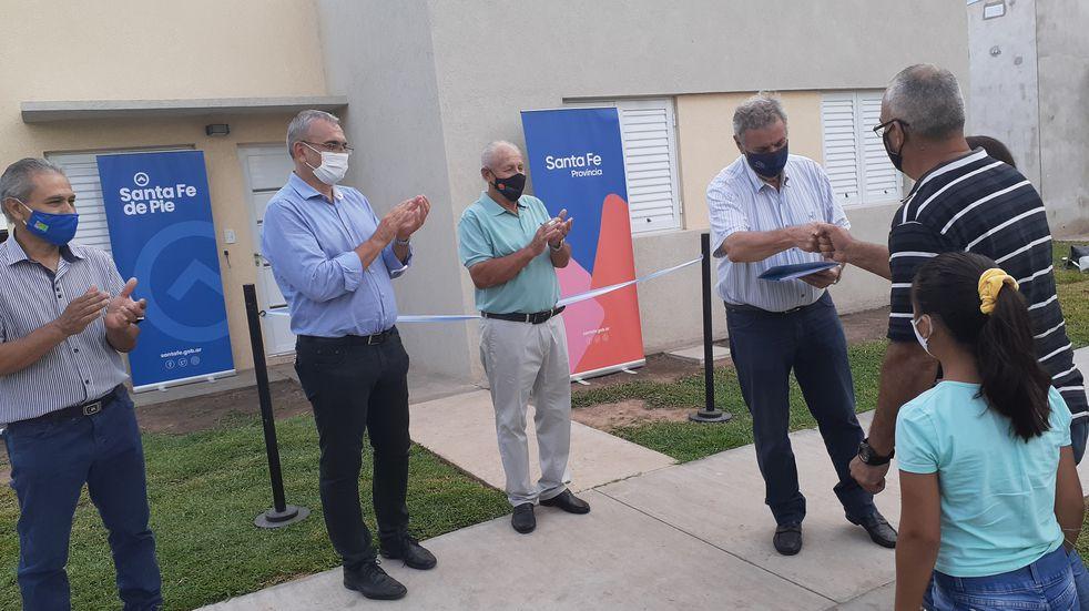 Entregaron anticipos financieros para viviendas en el Departamento Castellanos
