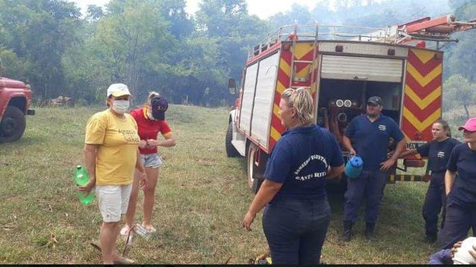 Continúa la asistencia sanitaria en zonas afectadas por incendios Alba Posse y 25 de Mayo