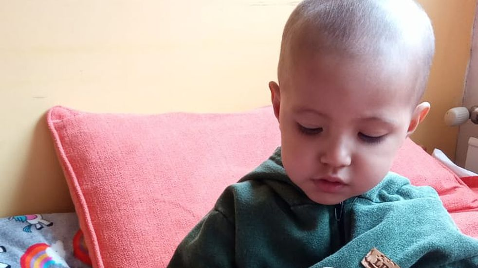 El bebé marplatense  está internado en el hospital Sor María Ludovica de La Plata y necesitan ayuda urgente.