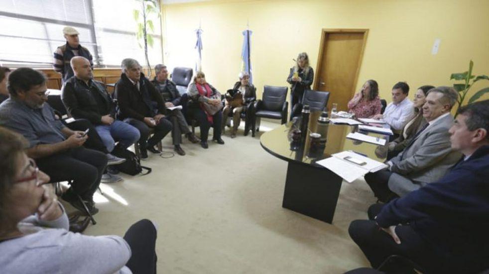 Estatales ratificaron las medidas de fuerza tras la reunión con el Gobierno del Chubut