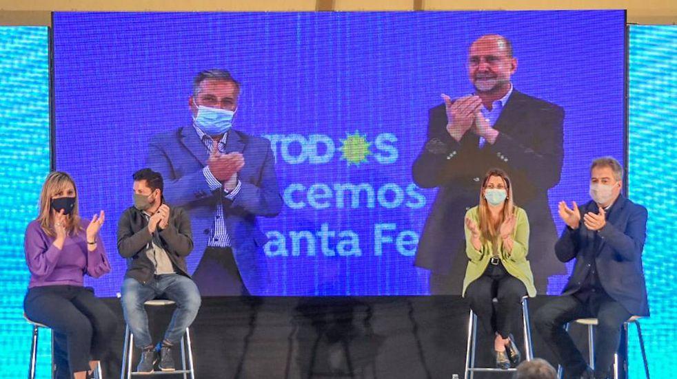 Cristina respaldó otra vez a la lista de Perotti