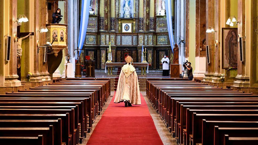 """El obispo de San Luis ofició el Tedeum por el 25 de Mayo: """"Nadie sale solo de esta realidad del Covid"""""""