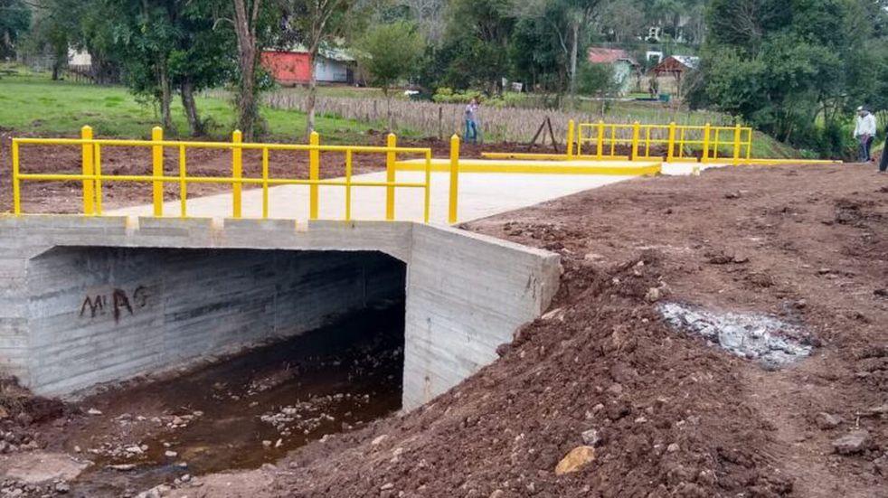 """El programa """"100 Puentes"""" finalizó las obras en Olegario Victor Andrade"""