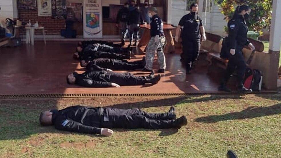 Capacitación a efectivos policiales en primeros auxilios y RCP en Puerto Iguazú.