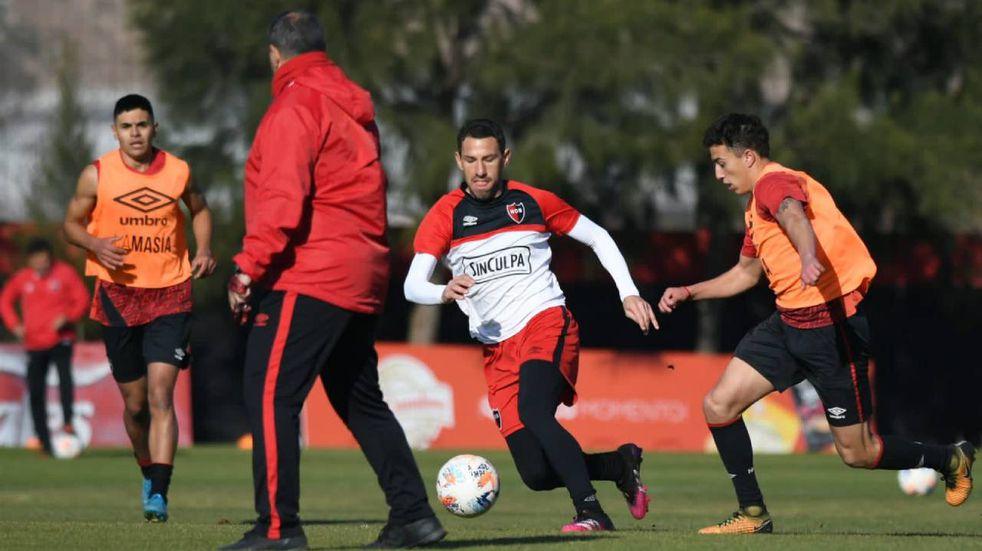 Maxi Rodríguez se sumó a los concentrados de Newell's para jugar con Patronato