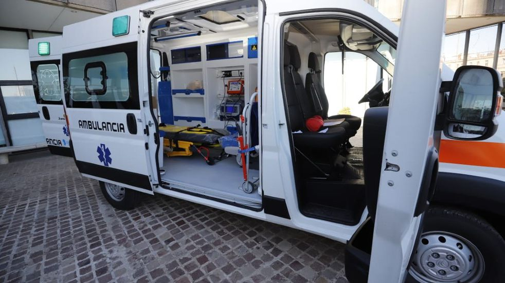 El gobierno de Córdoba incorporó una decena de ambulancias para el interior