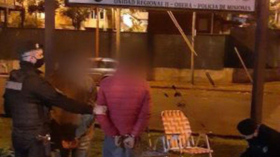 Dos jóvenes terminaron detenidos por hurto de varios elementos de una vivienda