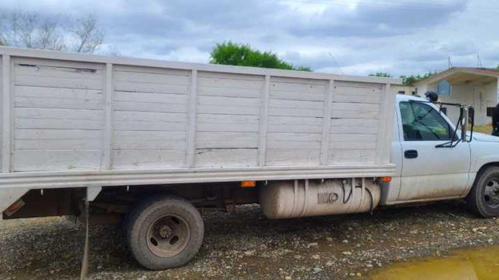 Hallan a 61 migrantes centroamericanos en un camión en México