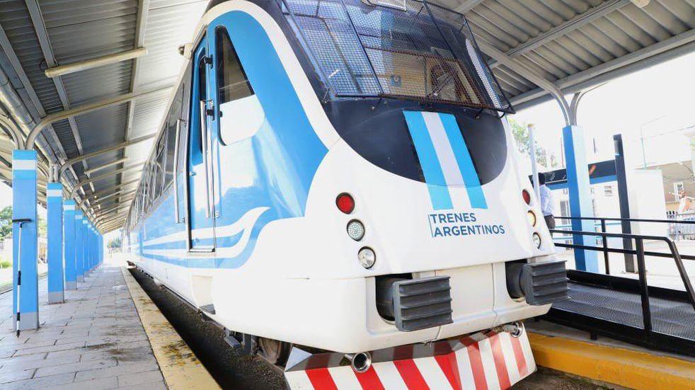 En el centenario de Campo Quijano vuelve a funcionar el tren urbano