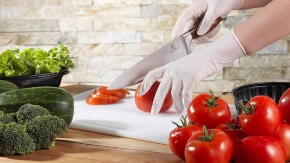 Se dictan mensualmente cursos de manipulación de alimentos